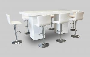 Le Minou Grand Cocktail Table Setup