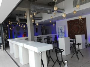 Le Minou Rectangular High Table with Valencia Bar Stool 1 2 1 300x225 - Le Minou Rectangular High Table